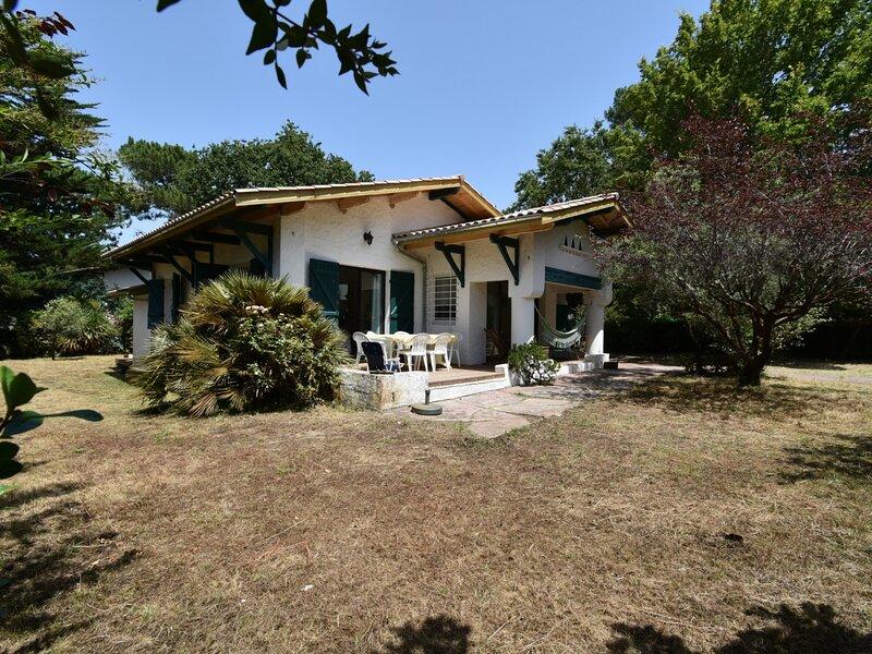 Maison de pays 4 chambres à 150m de la plage, alquiler vacacional en Pyla-sur-Mer
