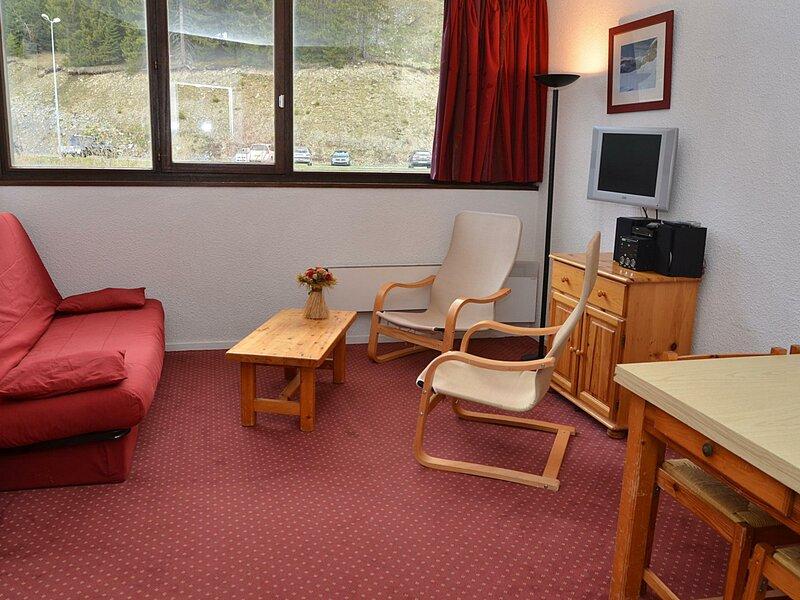 studio confortable et bien équipé, holiday rental in Flaine