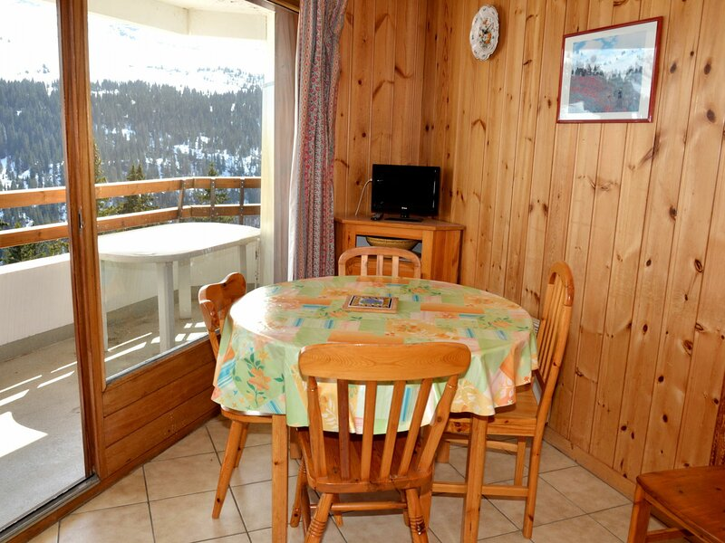 très belle vue et cabine séparée, holiday rental in Flaine