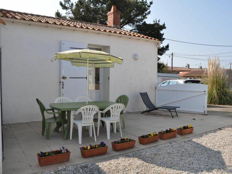 Gîte au 26 rue des Hirondelles, holiday rental in Olonne-sur-Mer
