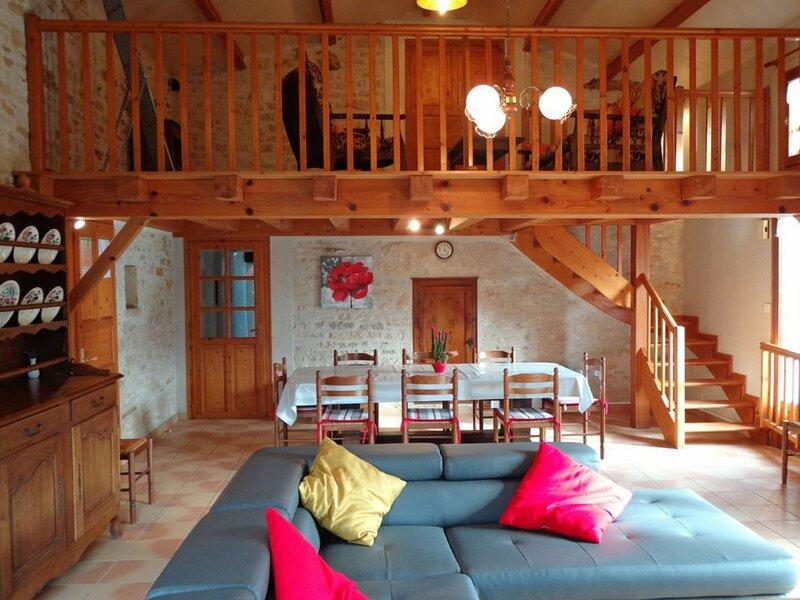 Gîte à St Juire Champgillon, location de vacances à Saint-Jean-de-Beugné