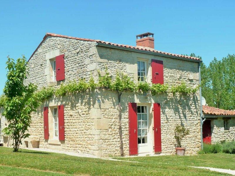 La Petite Maison, aluguéis de temporada em Saint-Michel-le-Cloucq