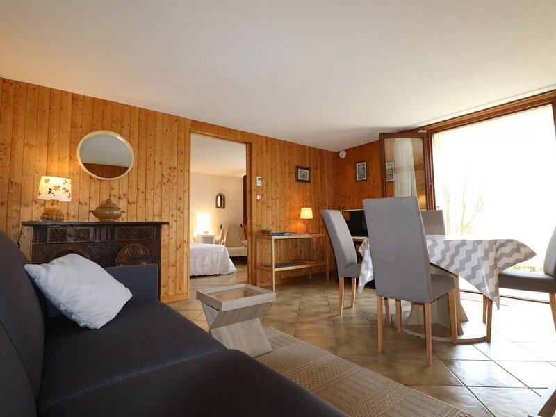 Vue exceptionnelle sur le lac, terrasse, appartement 50m², holiday rental in Veyrier-Du-Lac