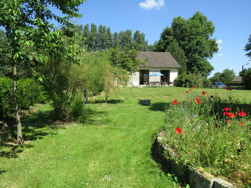 Le Verger, holiday rental in Auffay
