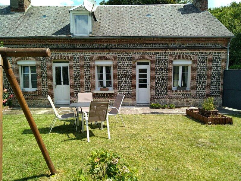 Les Horsains, holiday rental in Ganzeville