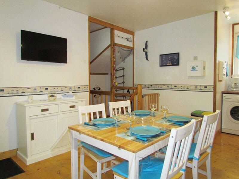 Location Appartement Le Tréport, 2 pièces, 4 personnes, casa vacanza a Etalondes