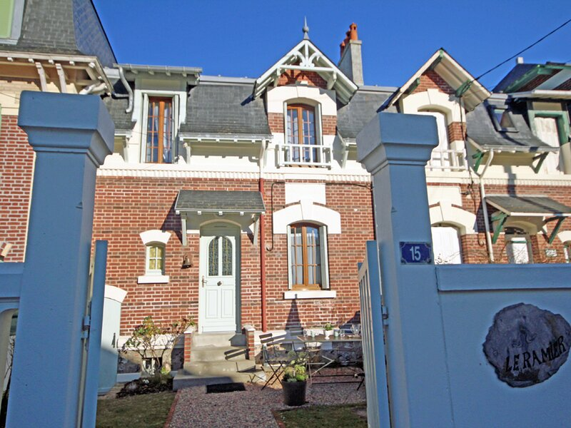 Les Ramiers, holiday rental in Mesnil-Val