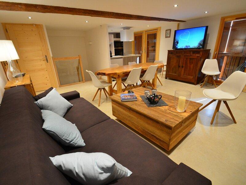 Appartement entièrement rénové à St Martin de Belleville, holiday rental in Saint-Martin-de-Belleville