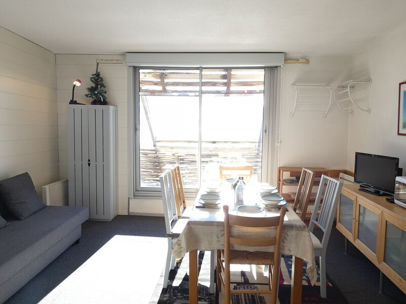 STUDIO CABINE 5/6 PERS. 6 couchages PIAU-ENGALY, holiday rental in Bielsa
