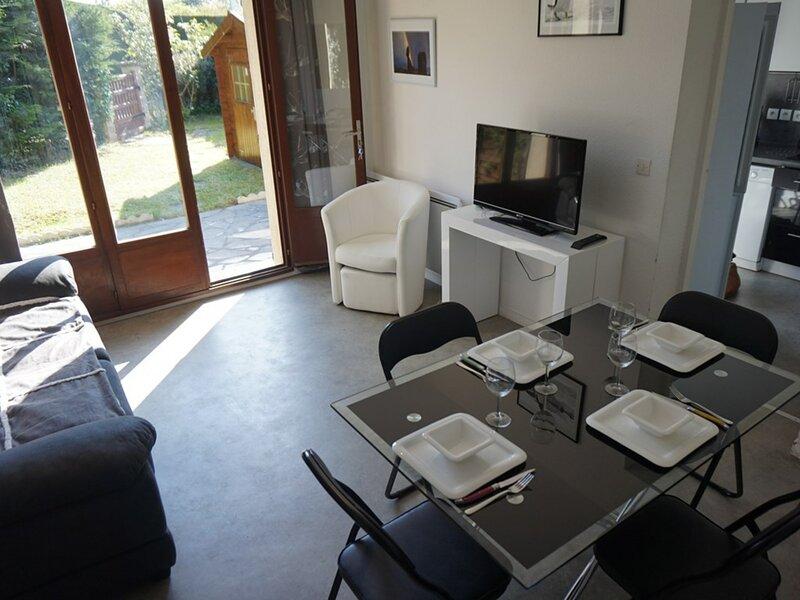 Appartement 4/6 pers en triplex pour des vacances en bord de mer, vacation rental in Merville-Franceville-Plage