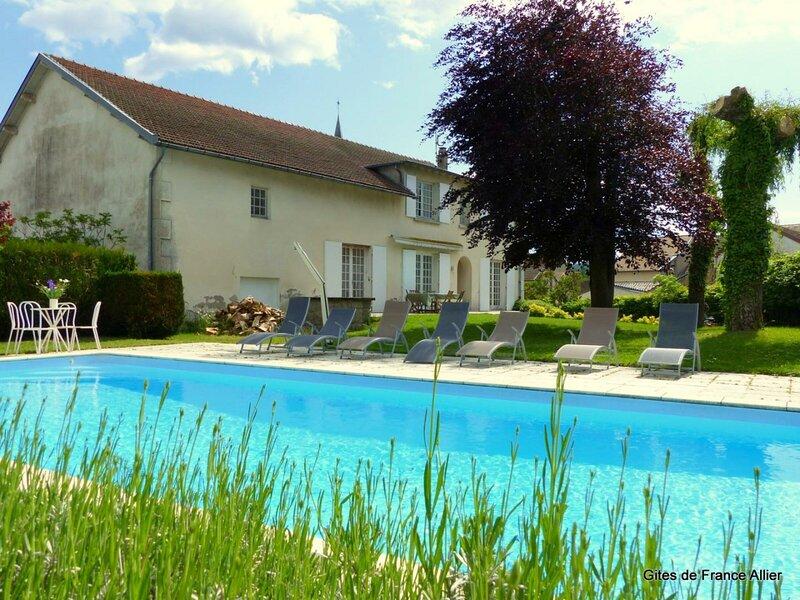 La Villa du Mayet, holiday rental in Le Mayet-de-Montagne