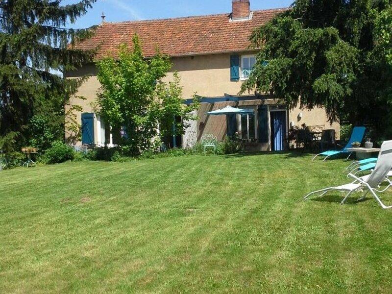 Chez Mâme, location de vacances à Lapalisse