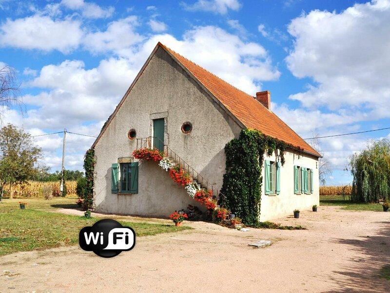 Le Mas de Bessat, holiday rental in Monetay-sur-Allier