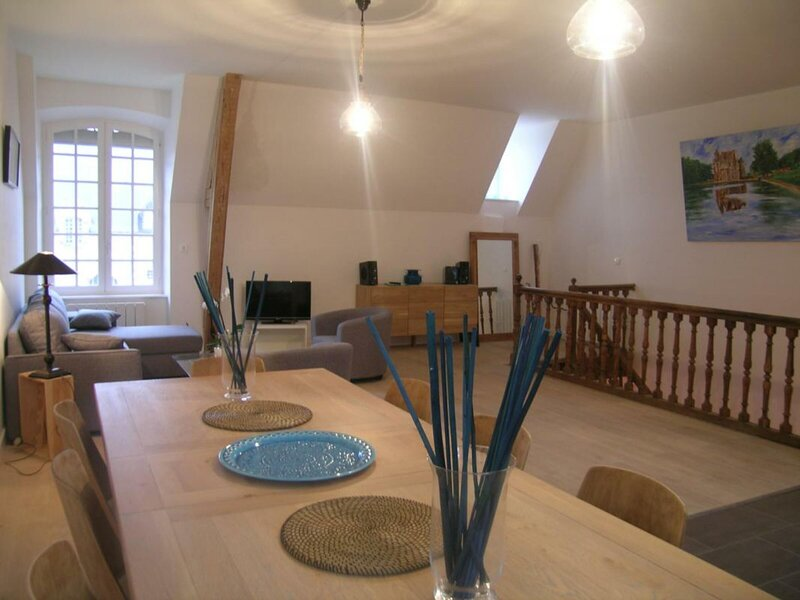 Le Porche d'Avrilly, holiday rental in Bourbon-l'Archambault