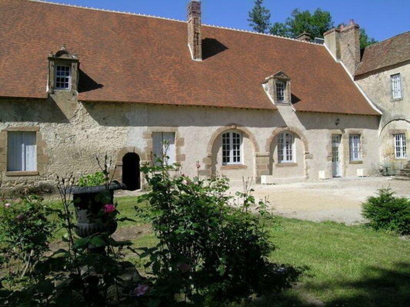 Le Chateau de Villars, vacation rental in Mars-sur-Allier