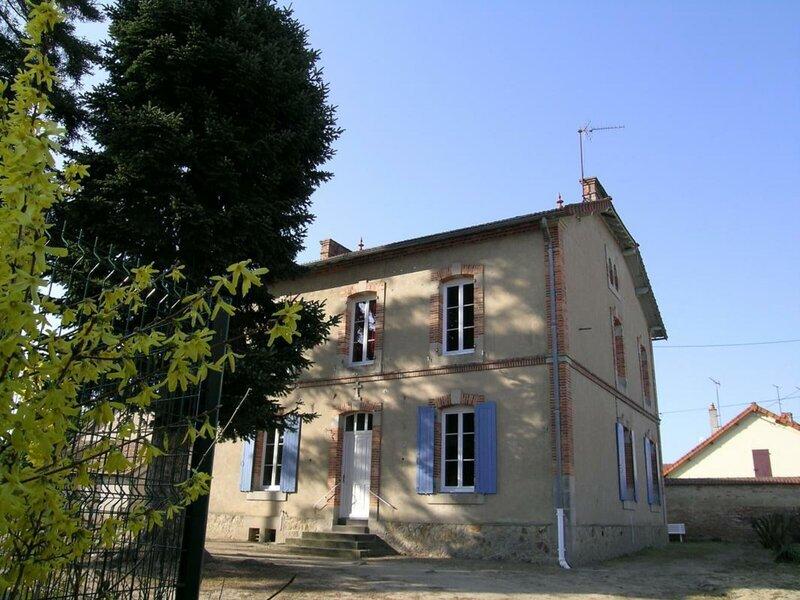 La Cure, holiday rental in Villeneuve-sur-Allier