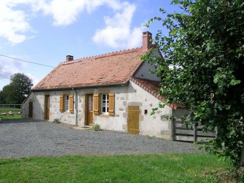 Freniere, holiday rental in Ygrande