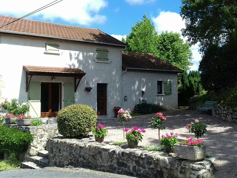 Gîte des Ecos, holiday rental in Le Mayet-de-Montagne