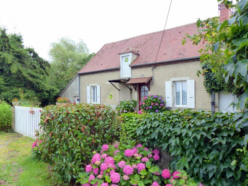Les Buis, holiday rental in Cosne-d'Allier