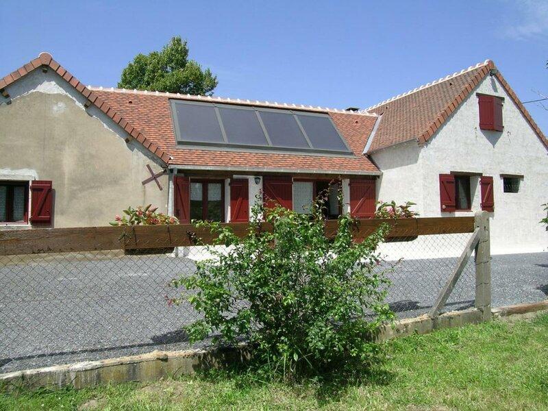 Les Bruyères de Condan, holiday rental in Dompierre-sur-Besbre