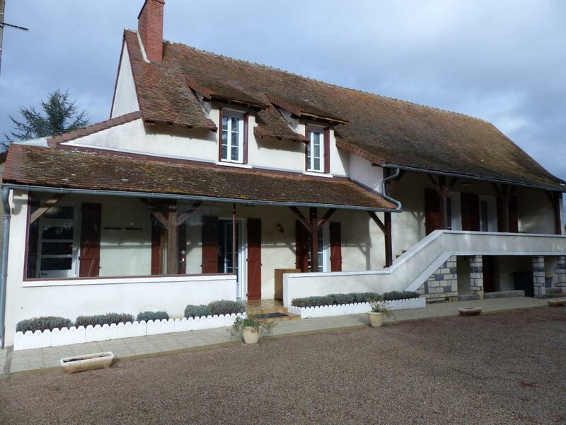 Les Paltras, holiday rental in Monetay-sur-Allier