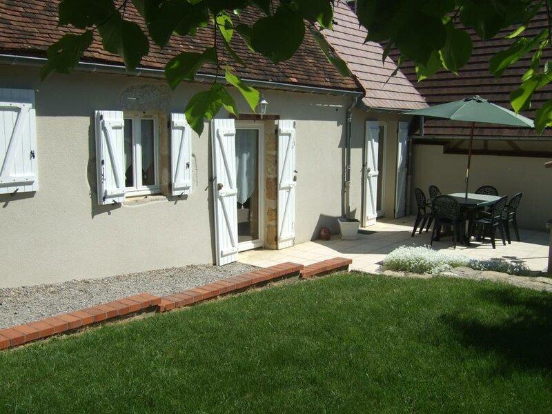 La Racherie, holiday rental in Monetay-sur-Allier