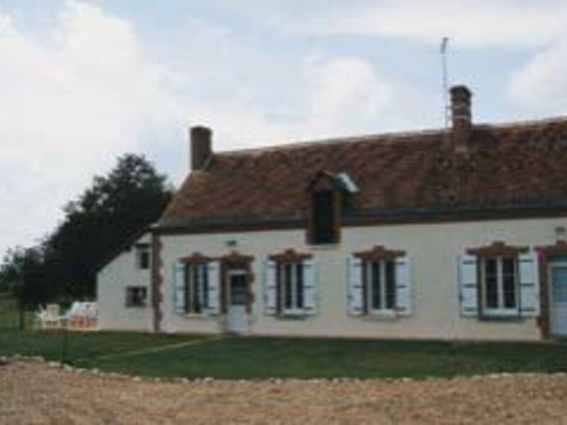 Location Gîte Soings-en-Sologne, 4 pièces, 6 personnes, vacation rental in Soings-en-Sologne