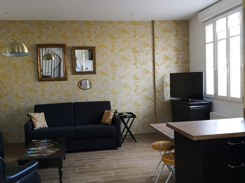 LA CITADELLE, holiday rental in Champigny-en-Beauce