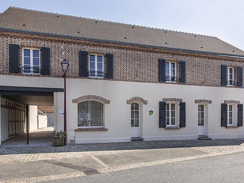La Croix Blanche, holiday rental in La Ferte-Beauharnais