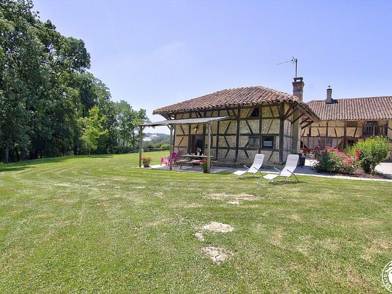 Les Loges de Bevey, location de vacances à Saint-Trivier-de-Courtes