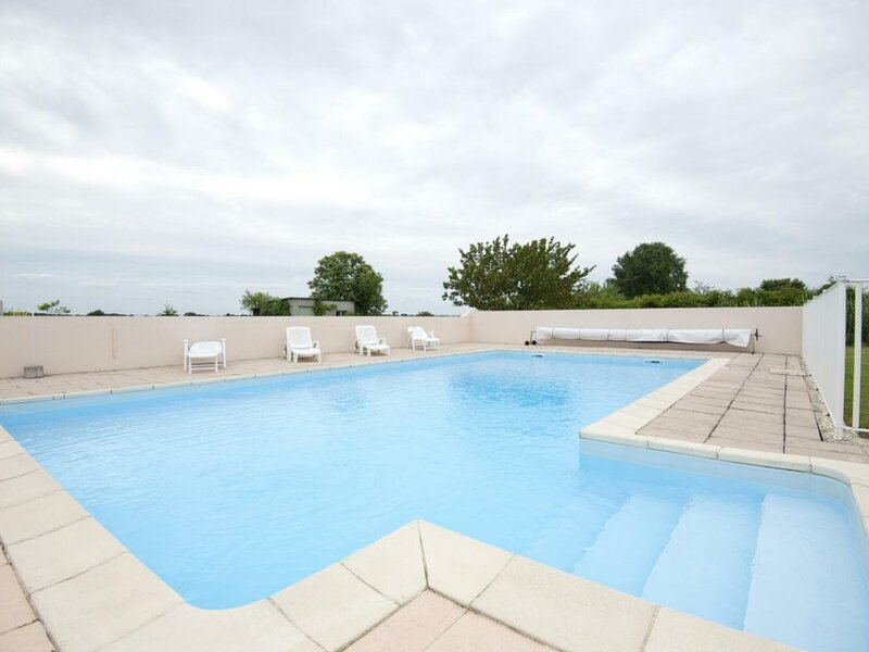 MONTREVEL-EN-BRESSE - 4 pers, 32 m2, 2/1, holiday rental in Saint-Benigne