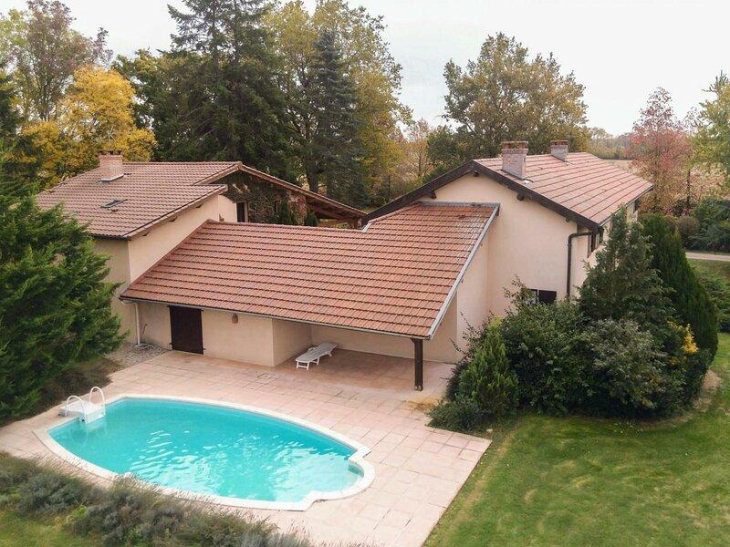 Gîte de la Baconnière, holiday rental in Chatillon-la-Palud