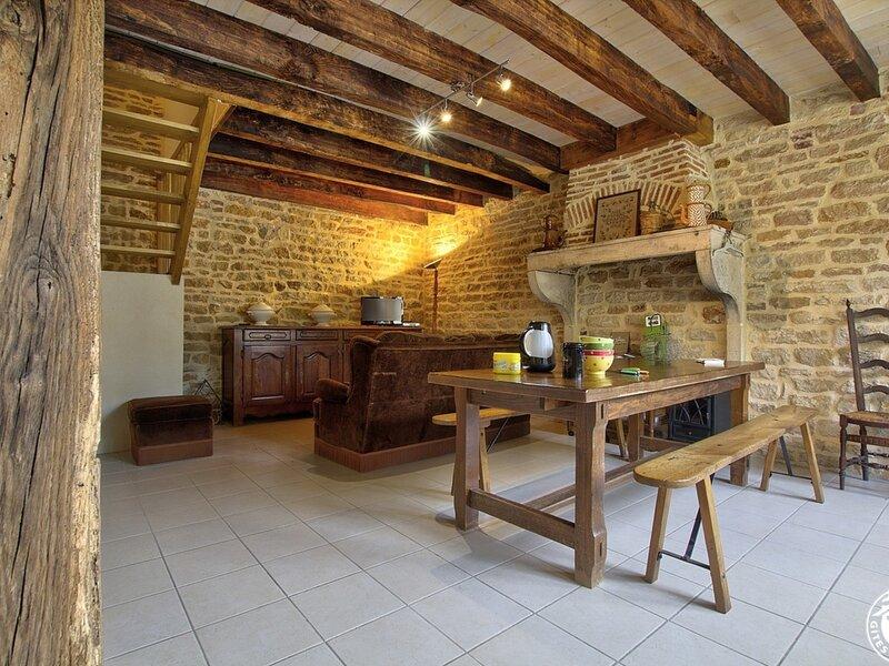 Gîte de Chamerande, location de vacances à Saint-Trivier-de-Courtes