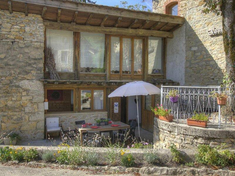L'Atelier Le Gîte des Allymes, casa vacanza a Saint-Rambert-en-Bugey