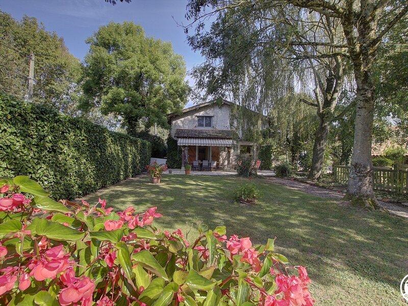 Le hameau de MARENE, holiday rental in Chatillon-la-Palud
