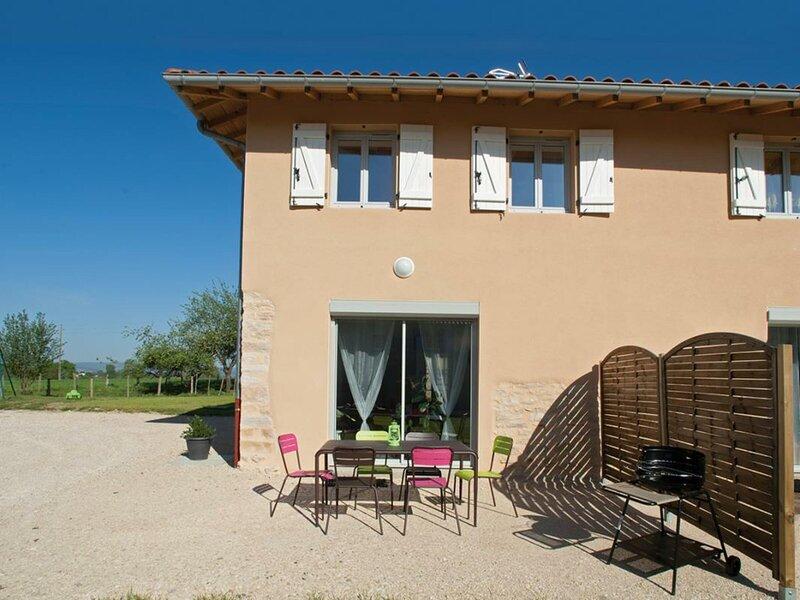 Coquelicot, holiday rental in Saint-Benigne