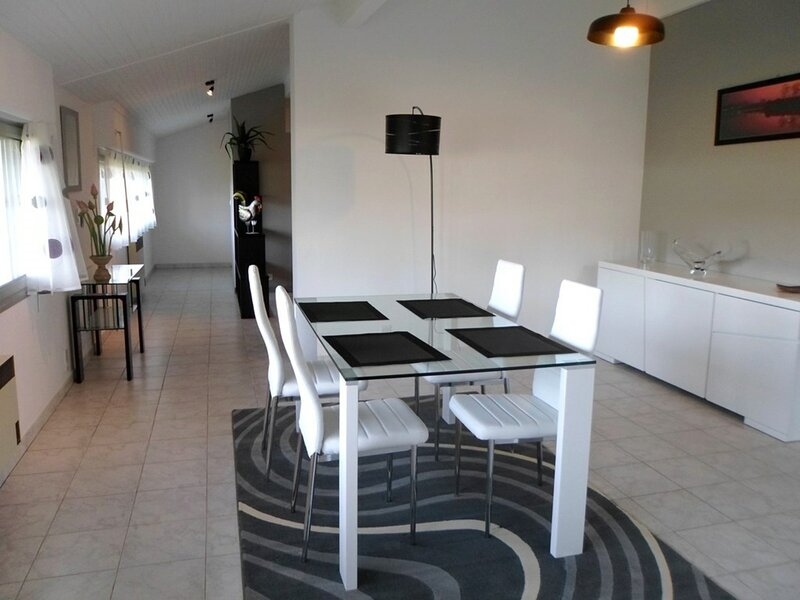CAMBO LES BAINS, C349 : 3 Pièces 4 couchages, holiday rental in Ustaritz