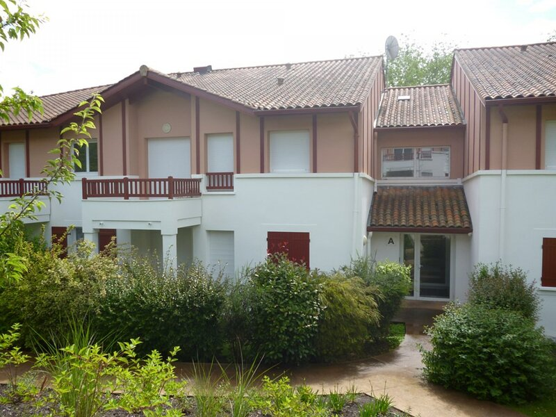 CAMBO LES BAINS, C261 : 2 Pièces 2 couchages, holiday rental in Bidarray