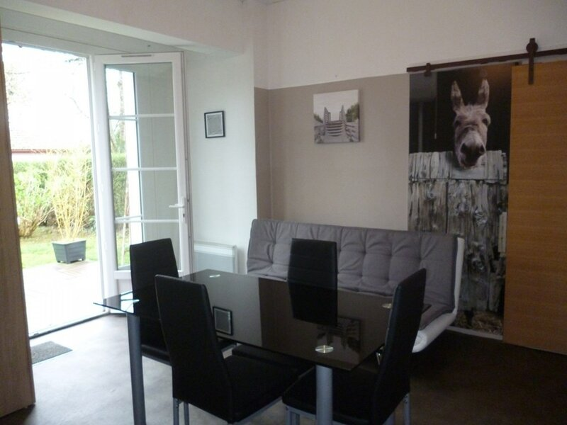 CAMBO LES BAINS C159 T1 bis centre ville, holiday rental in Cambo les Bains