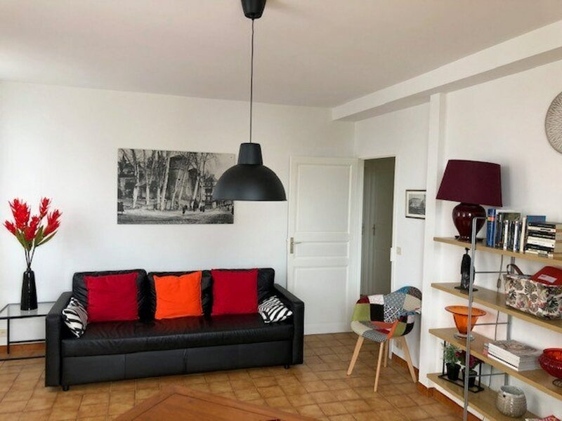 CAMBO LES BAINS,C203 : T2 Rce HOTEL DE FRANCE, holiday rental in Larressore