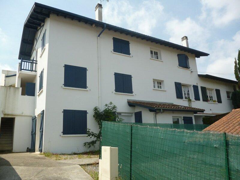 CAMBO LES BAINS, C161 : Rce ELGARREKIN BERRIA, T1 bis, 2 personnes, holiday rental in Bidarray