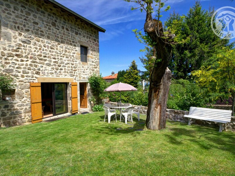 Les Balcons, holiday rental in Montbrison