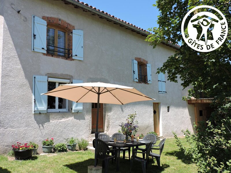 Les Hortensias, holiday rental in Montbrison