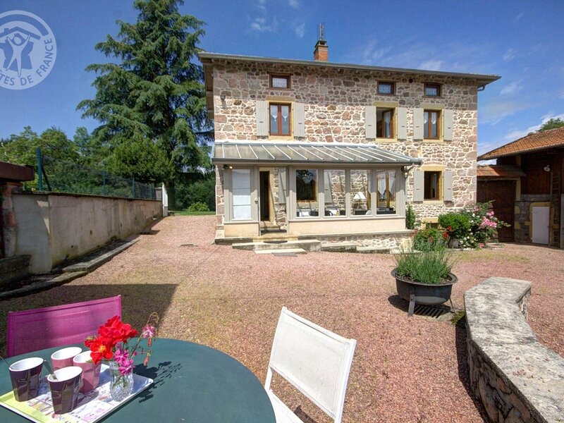 Le Noailly, holiday rental in Ranchal