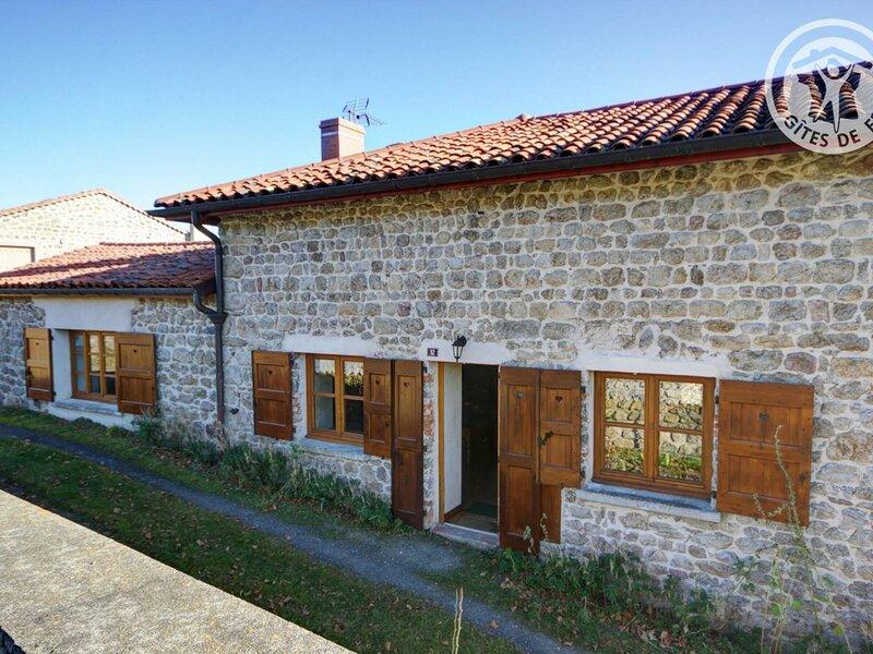 Les Garoles, holiday rental in Montbrison