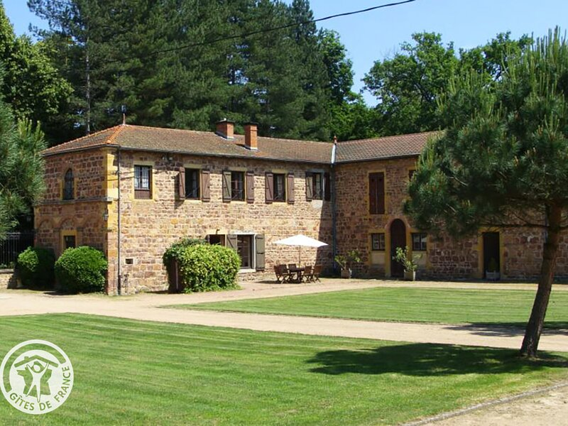 Chateau d'Ailly, holiday rental in Pouilly-sous-Charlieu