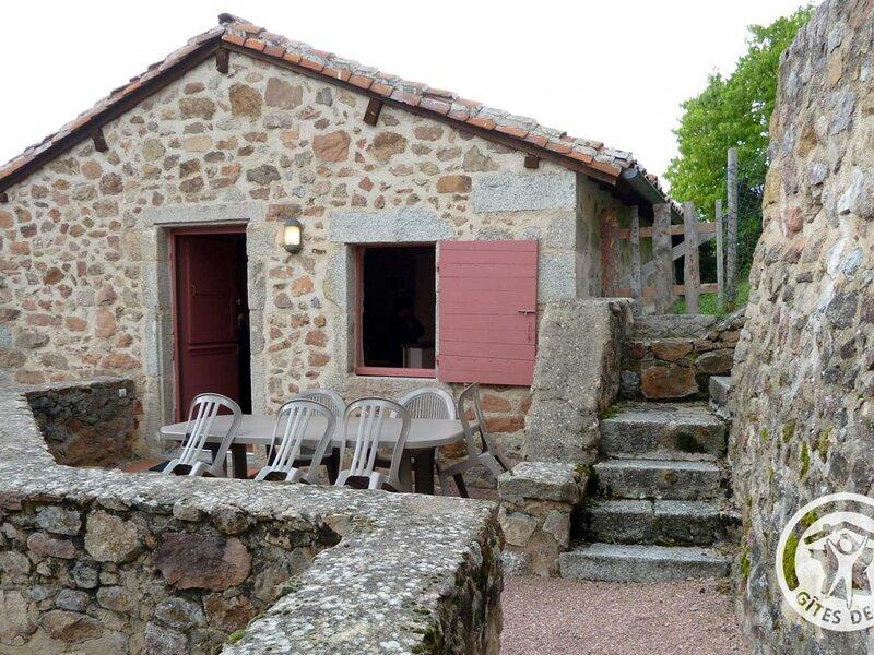 La Poterne, holiday rental in Chatel-Montagne