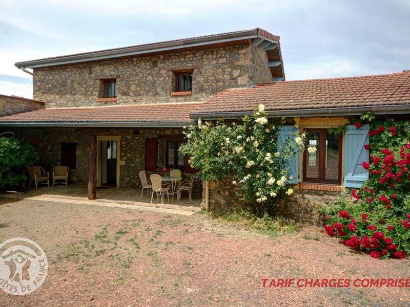 Les Vieilles Cours, holiday rental in Ranchal
