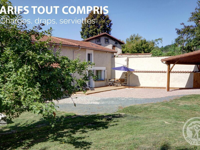 Les Lillas, holiday rental in Champoly