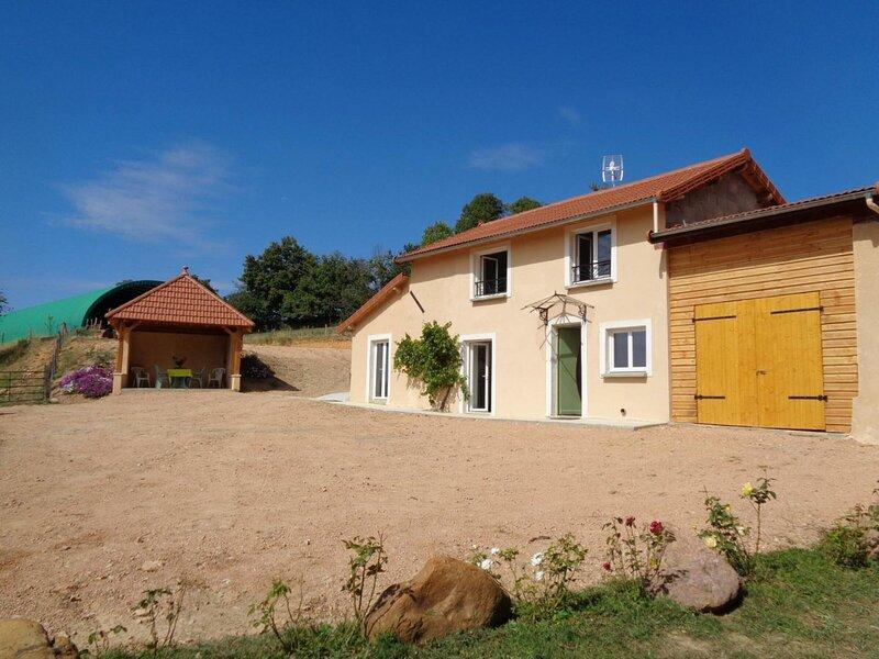 Les Bois Tremblés, holiday rental in Saint-Just-la-Pendue